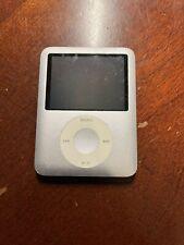 Apple iPod Nano 3rd Generation 4Gb Silver Model A1236 Mp3