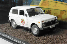 LADA NIVA THE WORLD IS NOT ENOUGH BOND UNIVERSAL HOBBIES FABBRI 1/43 JAMES BOND