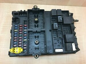 JEEP GRAND CHEROKE AC 4.7 V8 Dash FUSE BOX RELAY ECU UNIT P56042942AC