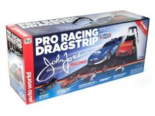 AUTO WORLD NHRA John and Cortney Force Pro Racing Dragstrip SET HO SCALE SRS320
