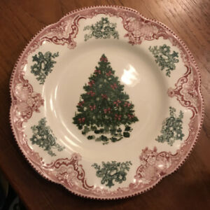 """Mint Johnson Brothers Old Britain Castles Pink Green Christmas Tree 8 5/8"""" Plate"""