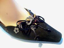 Stuart Weitzman Black Suede Floral Mules Pumps Heels Shoe Size 8 N Narrow cLOSeT