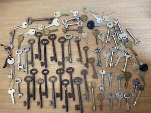 Job Lot of 71 Assorted Old door / car / cabinet / locker keys