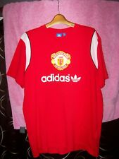 "men's sz XL 44""chest Manchester United soccer shirt Adidas retro classic emblem"