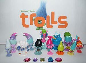 "Dreamworks Trolls Movie Figure Set of 17 with Fun Figures and Troll ""Jewels"""