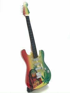 Miniature Fender Standard  Stratocaster Guitar - Bob Marley(Ornamental)