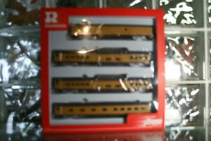 HO R6996 Rivarossi Union Pacific UP Passenger Excursion Set B - New Old Stock