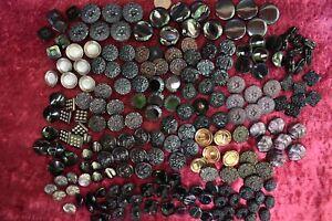 206 pcs LOT OLD CZECH  VINTAGE GLASS FIRE POLISHED BUTTONS