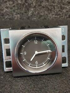 3AA919204A Volkswagen Passat B7 3AA Analoguhr Uhr Chrom