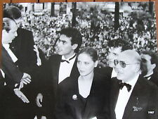 ORNELLA MUTI ANTHONY DELON RUPPERT EVERETT  PHOTO FESTIVAL DE CANNES 1987