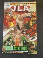 JLA VOL 19 WORLD WITHOUT A JUSTICE LEAGUE  - SOFTCOVER