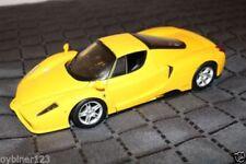 Hot Wheels Tourenwagen- & Sportwagen-Modelle von BMW im Maßstab 1:8