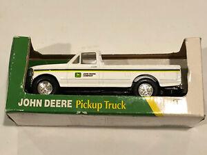 ERTL Diecast John Deere 1994 Ford F-150 1/32 .Scale Pickup Truck #5795 new