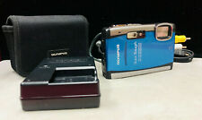Olympus Stylus Tough-6000 10MP digital camera  Blue - case Battery charger
