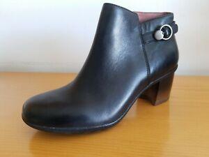 Dansko Perry Black Waterproof Burnished Women's Leather Boot - NEW - Size EU 41