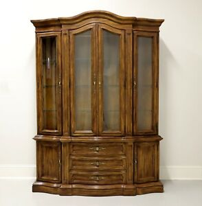 DREXEL HERITAGE Grand Villa French Provincial Style Oak China Cabinet