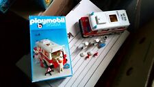 Playmobil 3254 ambulance , rescue ,hulpdienst , help service 911