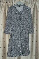 H&M Divided ~ Ladies Pretty Floral Viscose Dress ~ Size UK 10