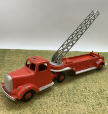 Tootsietoy #489 Mack L-Line Aerial Hook and Ladder Fire Pumper Truck 1956-1960