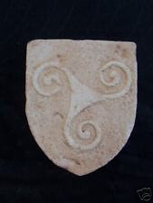 Celte Blason Triskel fond rugueux Bretagne- plâtre