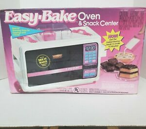 Vintage 1992 Kenner Easy Bake Oven & Snack Center with Accessories New in Box