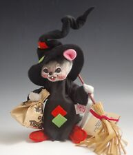 1993 ANNALEE HALLOWEEN WITCH MOUSE WITH BROOM TRICK OR TREAT WITH TAG