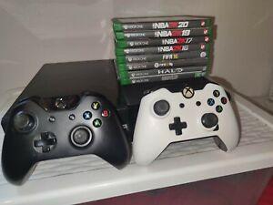 Xbox One 500go + Deux Manettes + Jeux