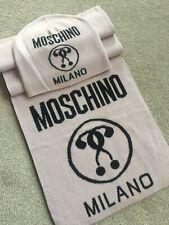 Moschino Bonnet & Écharpe Ensemble Rose Blush Double Question Mark Fait en