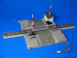 MARKLIN H0 - 7192 - FULLY AUTOMATIC LEVEL CROSSING - Version 1: 1959-61  M Track