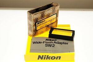 Nikon SW-2 wide flash adapter for Nikon SB-10 flashgun in boxed cond. +manual