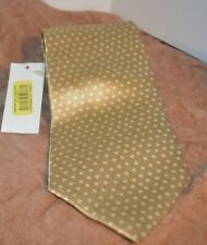Roundtree & York All Silk Handmade Tie Imported Fabric Made in USA Gold with Dot