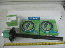 Front Wheel Seals & Install Tool SKF 35066 Ref# National 370001A Stemco 308-0836