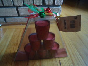 Gift Set of 6 Red Glass Glittered Apple Cinnamon Votive Candles in Pyramid Packa