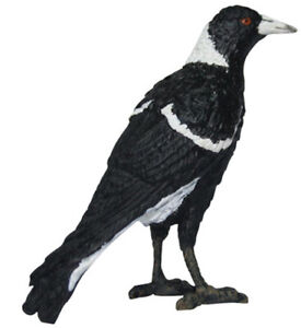 NEW Science & Nature Australian Magpie Model 8cm