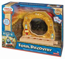 Thomas and Friends Wooden Railway: 2014 Dino Fossil Discovery New