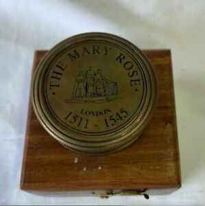 """2 """" Bronze Antique Finish M R Pocket Sundial Compass in a Box"""