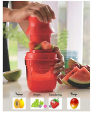 Juist It Juice Strainer Polypropylene Hand Juicer (1) 500ml Tupperware