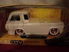 Jada 1965 Ford Econoline pickup  1/24 scale NIB  2006 release HTF white