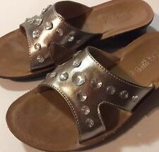 Sag Harbor ladies' women shoes Rachel Silver sandals slides size 6.5 Medium EUC