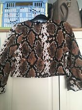 Size 8 Snake Print Crop Top Prettylittlething