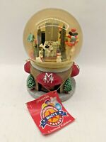 Macys Thanksgiving Day Parade Musical Snow Globe Ltd. Edition 2000 Twin Towers
