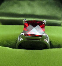 Vintage size 7-2/3 (18 mm) 925 Sterling Silver ring with red gemstone 7.2 grams