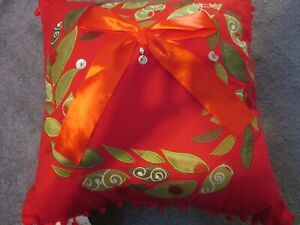 CHRISTMAS PILLOW RED SIZE 18X18