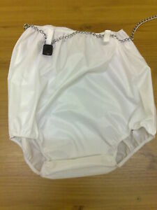 Washable incontinence wear lockable or frilly lockable pants-rubbers.
