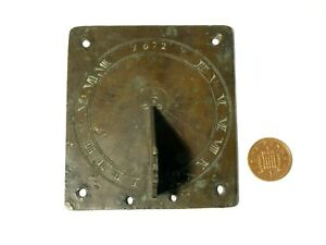 Antique 1672 Miniature Bronze Sun Dial with Sun Engraving Decoration 17thC #T62