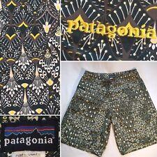 PATAGONIA Wavefarer Board SHORTS Swim Trunks ~Green Yellow Art Deco Design Sz 32