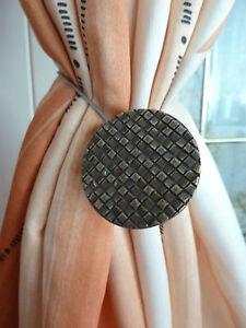 Raffhalter Magnet m. Stahlseil, Kreis, Gardinenhalter  4 versch. Fb.,1 Stück