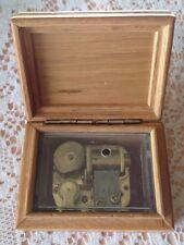 "Yunsheng Wooden Music Box/2.5"" X 3.5"" X 2"" Tall/Light Color/Perfect & Sweet!"