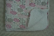 S.L. Home Fashions Baby Blanket Flower Floral Leaf Heart Pink Gray White Sherpa
