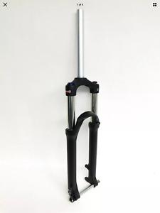 """Suntour XCR 32 Lo R Air 27.5 """" 120mm Travel MTB Air Fork 100x 15mm thru-Axle New"""